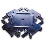 Служит для крестообразного соединения между собой профилей ПП в одной плоскости при монтаже каркаса для потолка из гипсокартона.